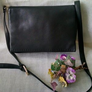 Liz Claiborne Black Vintage Shoulder Bag Leather